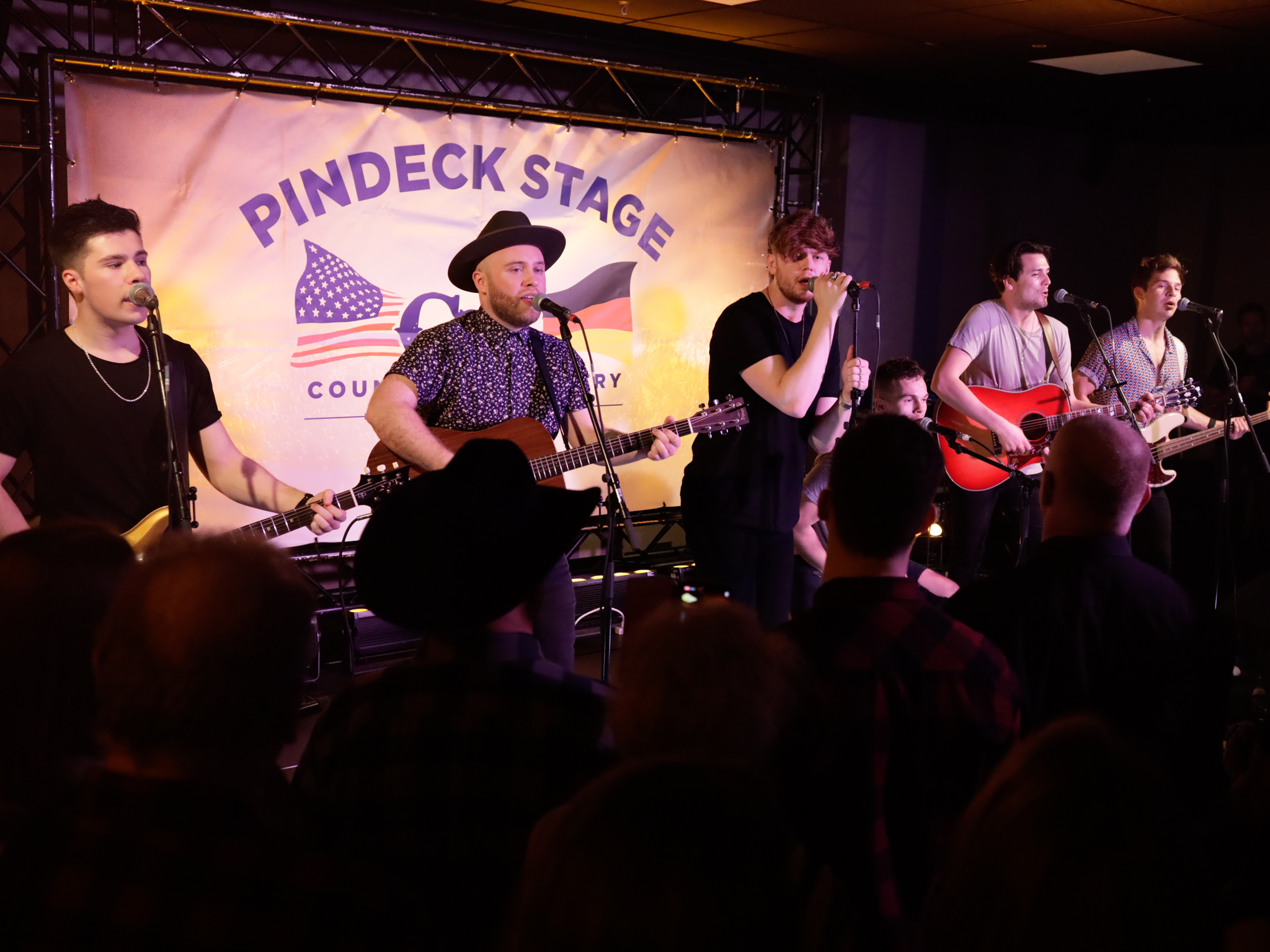 Verti Music Hall - C2C 2020 - Pindeck Stage - King Calaway